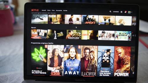 Etats-Unis : des sénateurs appellent Netflix à ne pas adapter l'ouvrage de l'auteur chinois Liu Cixin après ses déclarations sur les Ouïghours