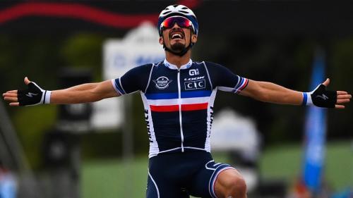 Cyclisme sur route : le Français Julian Alaphilippe remporte le titre de champion du monde à Imola, en Italie