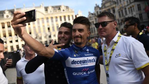 """Julian Alaphilippe """"a démontré toute sa hargne et sa force mentale"""", réagit son entraîneur après le titre de champion du monde de cyclisme sur route"""