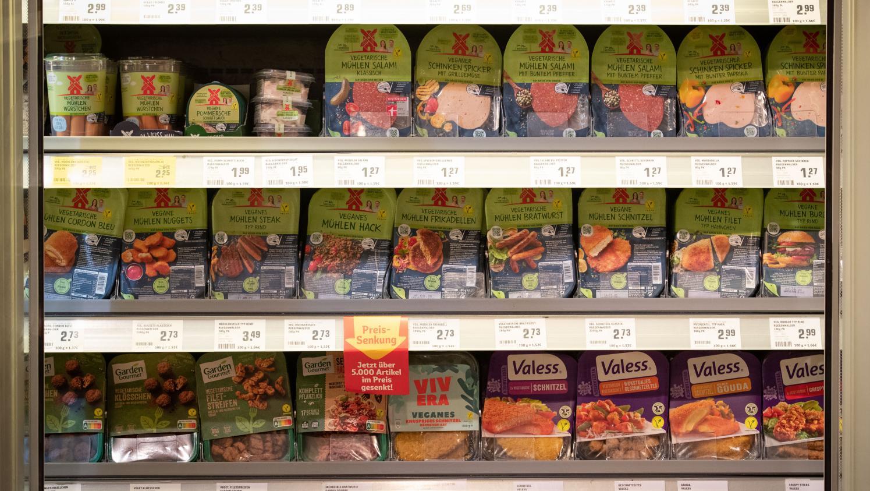 Les produits végétariens vendus en grande distribution contiennent davantage d'eau que de protéines végétales, selon une association de consommateurs