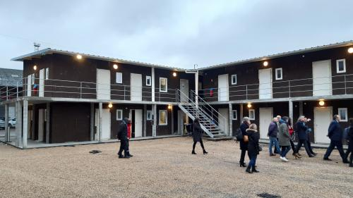 Budget: le gouvernement va créer 4000places d'hébergement pour les demandeurs d'asile