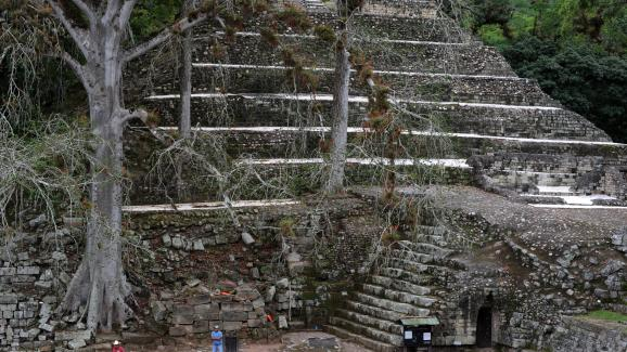 """These ruins are nicknamed by archaeologists the """"Mayan Athens """" (Mayan ruins of Copan, Honduras)."""