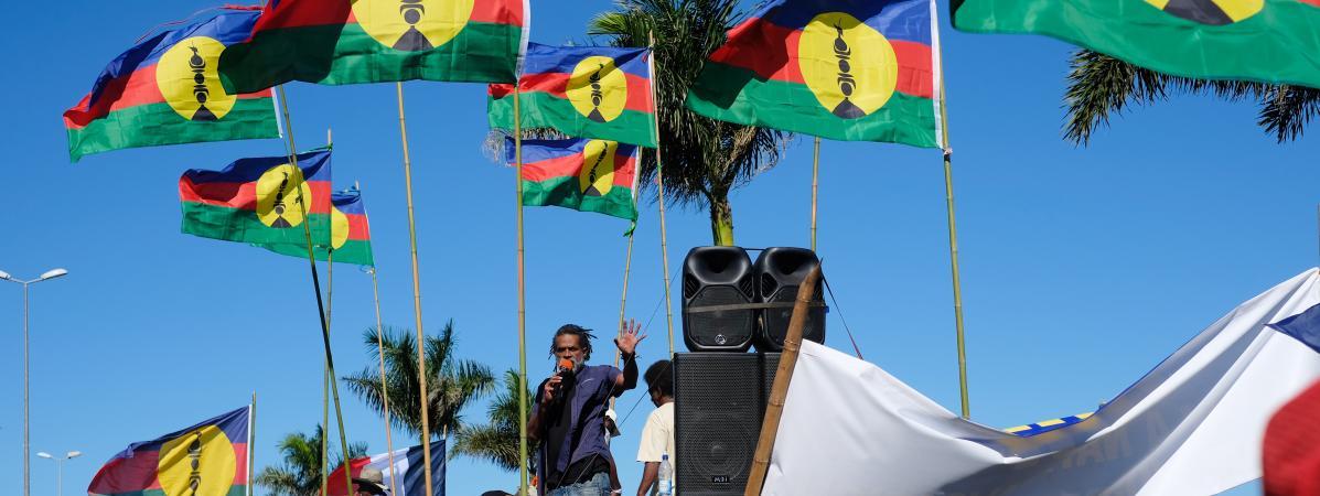 Des militants indépendantistes kanaks, le 21 août 2020, lors d'une mobilisation contre le projet de ventede l'usine de nickel du Brésilien Vale, à Nouméa, en Nouvelle-Calédonie.