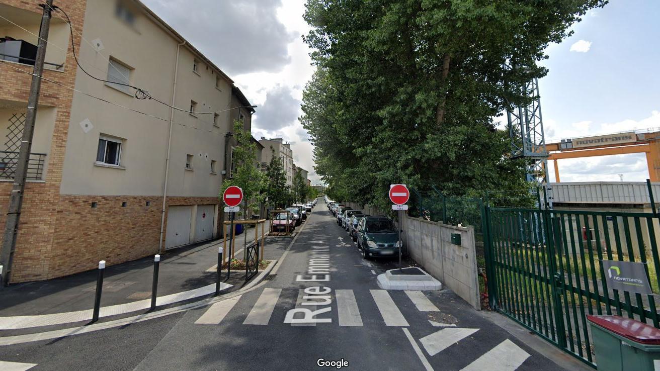 lieu de rencontre gay 77 à Saint-Denis