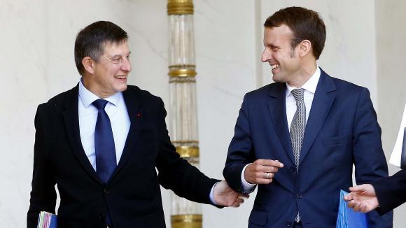 Jean-Pierre Jouyet, alors secrétaire général de l\'Elysée, et Emmanuel Macron, ministre de l\'Economie, le 10septembre 2014.