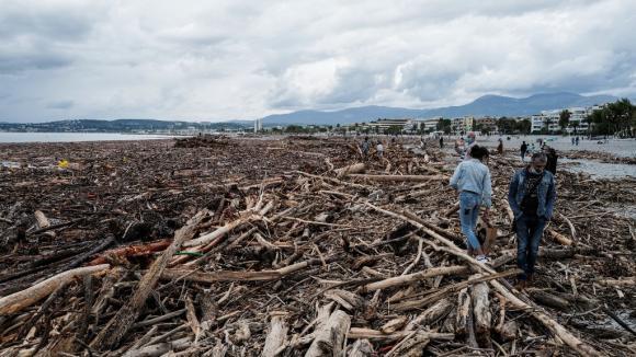 Après la tempête Alex à Saint-Laurent-du-Var le 4 octobre 2020.