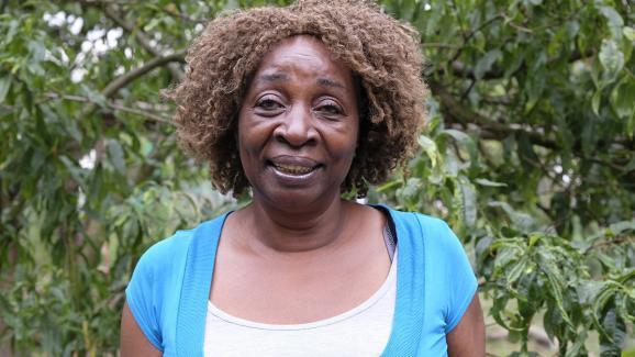 Bernadette Desbordes is nicknamed Mamy Bernadette by all apprentice gardeners. & Nbsp;