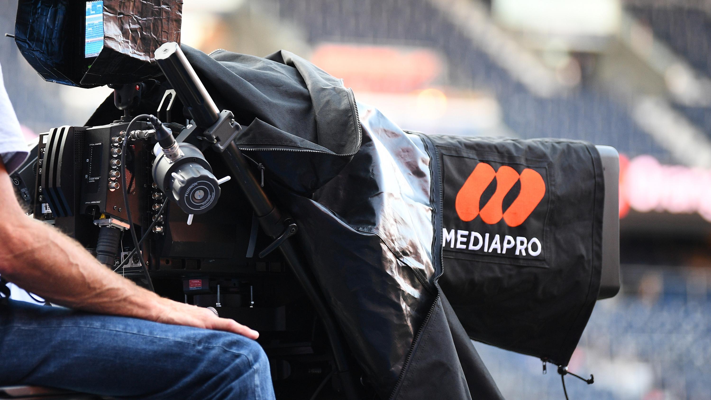 Football : le non-paiement des droits TV plonge les clubs français dans la crise