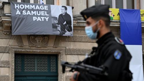 Assassinat de Samuel Paty : l'assaillant avait échangé avec un jihadiste
