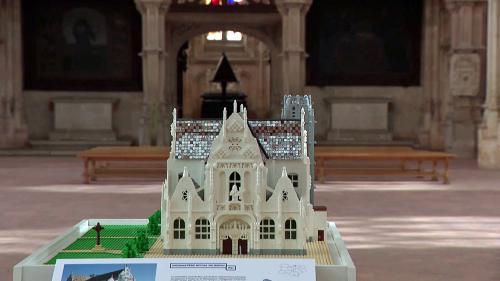 Image de couverture - Invasion de briques Lego au monastère royal de Brou à Bourg-en-Bresse