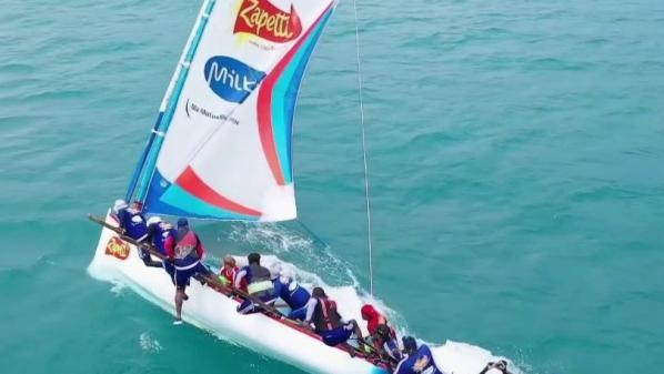 Martinique : les yoles, bateaux emblématiques de l'île, en lice pour entrer au patrimoine de l'UNESCO