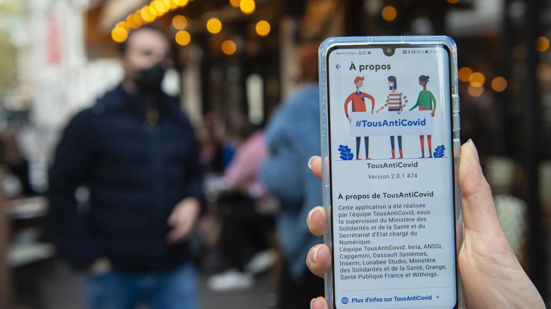 Covid-19 : vers une réouverture des restaurants grâce à des QR codes ? - Franceinfo