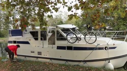 Les vacances en bateau séduisent de plus en plus. Les Français redécouvrent le plaisir du tourisme et du transport fluvial.