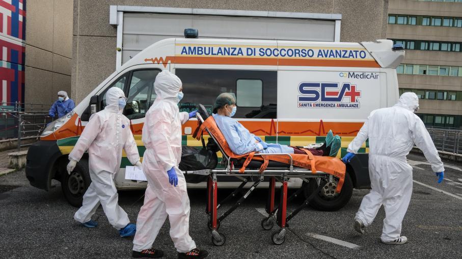 Coronavirus : l'Italie fait face à une situation dramatique