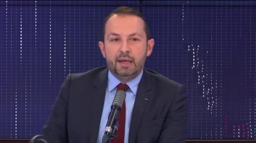 """VIDEO. Régionales en juin : """"J'ai envie d'être candidat parce que j'ai envie de protéger ma région"""", annonce Sébastien Chenu"""