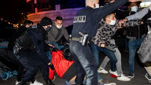 Migrants : l'IGPN saisie après l'évacuation violente place de la République