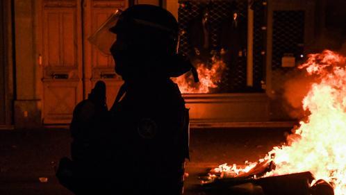 Violences policières : deux agents de la BAC 93 dans le viseur de l'IGPN après les scènes filmées place de la République