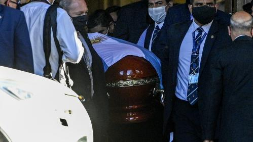 Le médecin de Diego Maradona visé par une enquête pour homicide involontaire