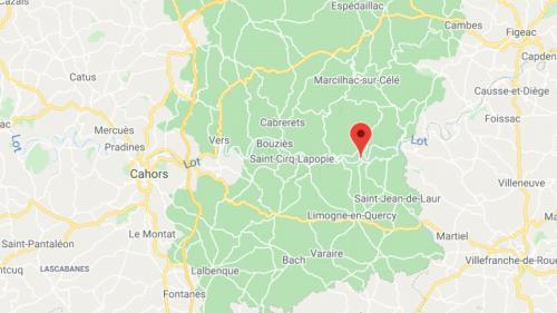 Un jeune de 25 ans, d'origine britannique, a été abattu par un tir de fusil de chasse ce mercredi. Il coupait du bois près de chez lui alors que se tenait une battue à proximité.