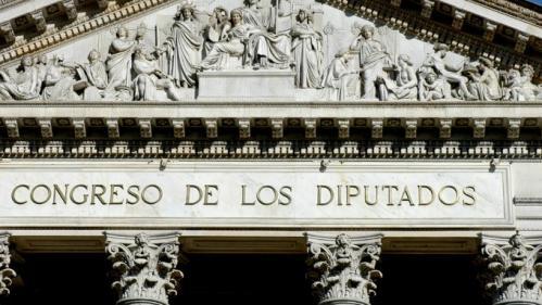 Espagne :des élus et des responsables militaires ont bénéficié de passe-droits pour se faire vacciner