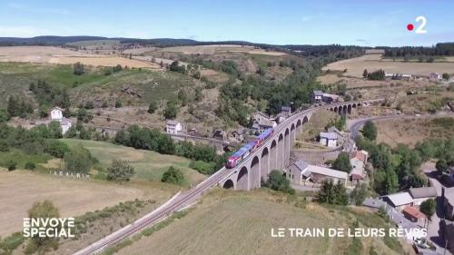 """REPLAY. """"Envoyé spécial"""" : ils se mobilisent pour faire revivre des lignes de train abandonnées par la SNCF"""