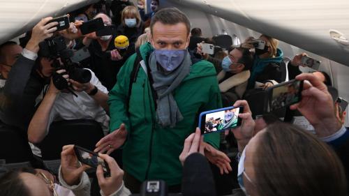 """Russie : """"À l'étranger, Alexeï Navalny aurait été un simple spectateur de la politique"""", analyse un professeur de géopolitique"""