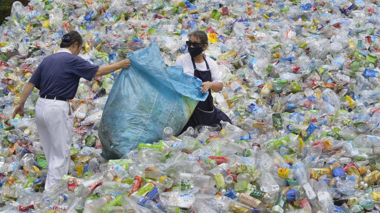 Lizzie, la petite anglaise de 9 ans qui a lancé une pétition contre l'exportation des déchets plastiques
