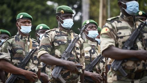 """Mali: six soldats tués et 18blessés dans deux attaques """"terroristes"""""""