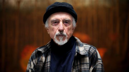 """L'artiste autrichien Arik Brauer, représentant de l'Ecole viennoise du """"réalisme fantastique"""" et survivant de l'Holocauste, est mort"""