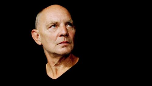 Image de couverture - Le dramaturge Lars Norén, grande figure du théâtre suédois, est mort à 76 ans des suites du Covid-19