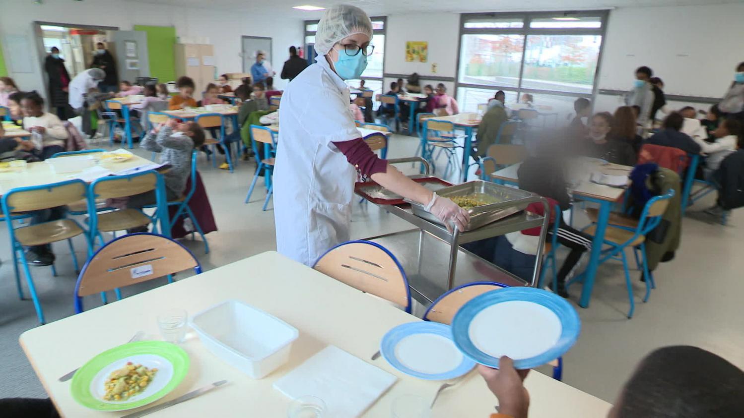 Cantines scolaires : un cinquième protocole sanitaire difficile à digérer