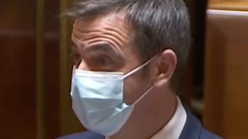 """Olivier Véran : \""""AstraZeneca sera en incapacité de fournir à l'Europe un tiers ou un quart des doses d'ici à la fin du premier trimestre\"""""""