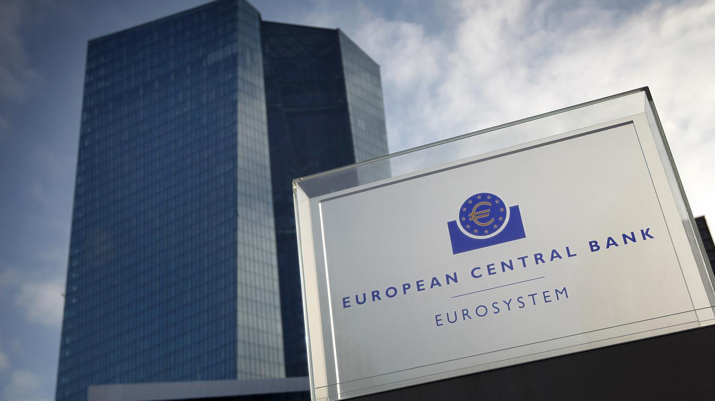 Le débat sur l'annulation des dettes publiques liées au Covid-19 est relancé - Franceinfo