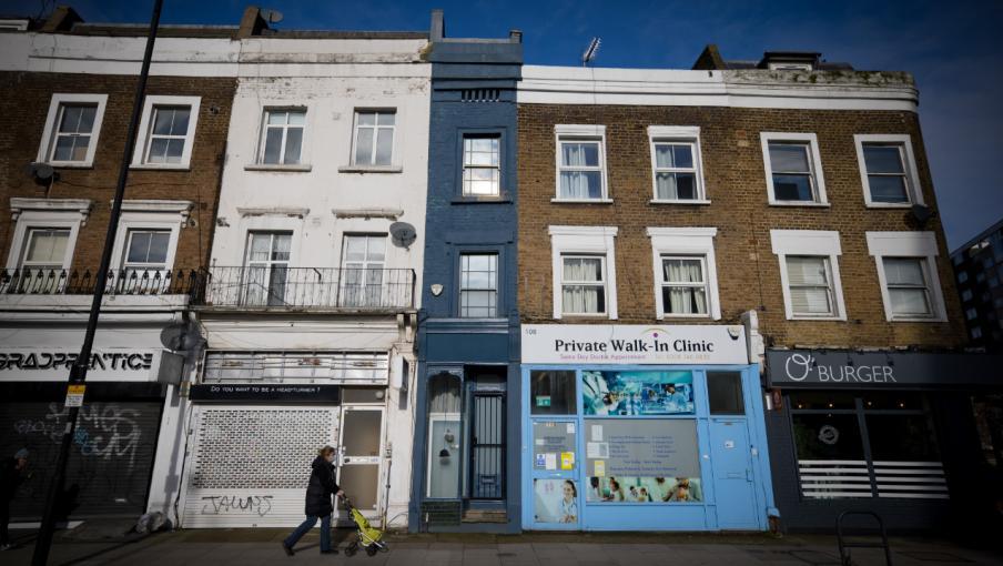 Immobilier : plus d'un million d'euros pour une maison d'1,70 m de large à Londres