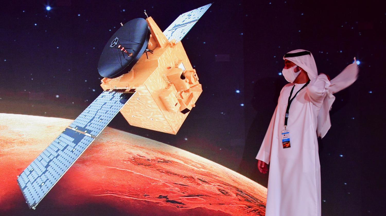 Sciences : des milliers de débris se baladent dans l'espace, l'agence spatiale européenne recrute - Franceinfo