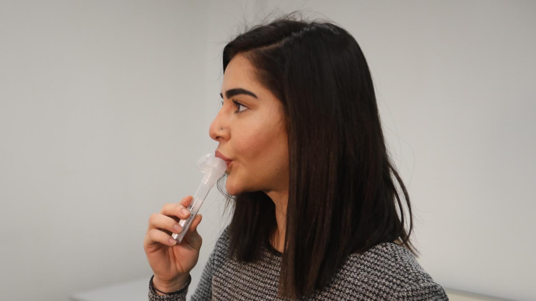 Covid-19 : les tests salivaires, une méthode de dépistage moins désagréable mais soumise à conditions - Franceinfo