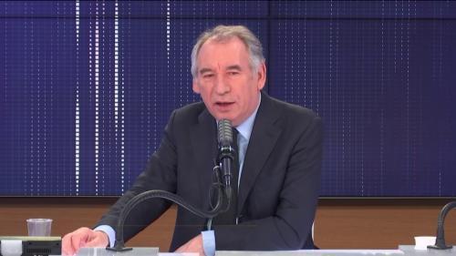 """VIDEO. """"Aujourd'hui on ne représente que les majorités"""", pointe François Bayrou qui plaide pour une dose de proportionnelle aux législatives"""