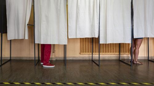 Elections régionales : on vous explique la polémique autour du maintien du scrutin