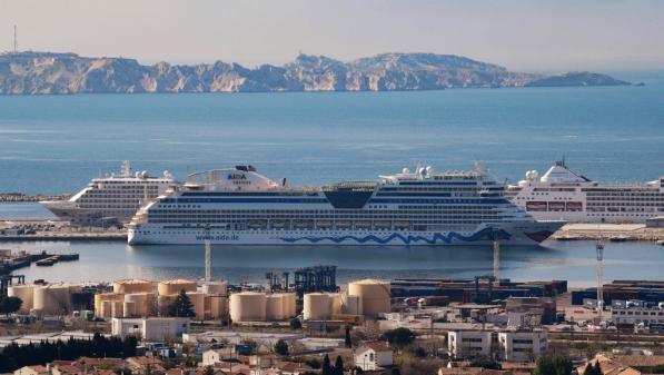 À Marseille, la pollution de l'air en nette augmentation, à cause des paquebots bloqués à quai par le confinement