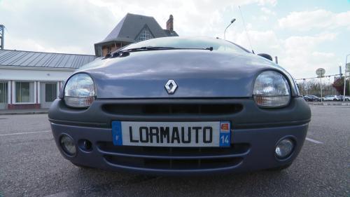 La start-up Lornotau basée dans la Calvados se propose de transformer d'anciennes voitures à moteur thermique classique en voitures électriques. Ces véhicules sont pour l'instant destinés uniquement à la location et plutôt pour un usage citadin #IlsOntLaSolution