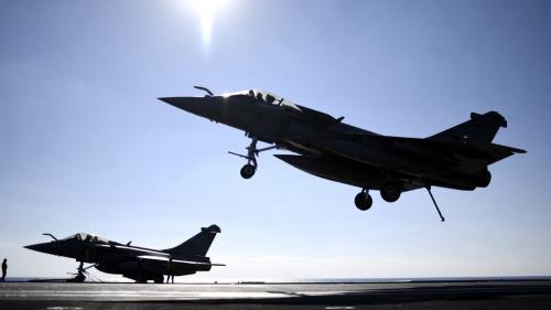 L'Egypte achète à crédit 30 Rafale à la France, un contrat très discret qui interroge