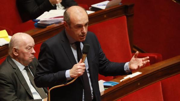 Élections régionales :  Emmanuel Macron «joue avec le feu» à vouloir «démolir la droite», estime le député LR Olivier Marleix