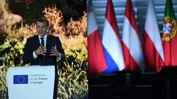 Emmanuel Macron, président de la République française, ci-contre au Parlement européen à Strasbourg,le 9 mai 2021, pour le lancement de la Conférence sur l'avenir de l'Europe.