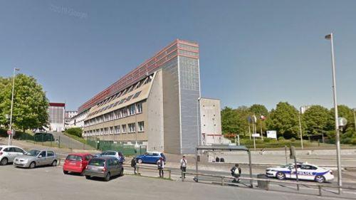Oise : quatre adolescents mis en examen après des tirs de mortier d'artifice devant un lycée