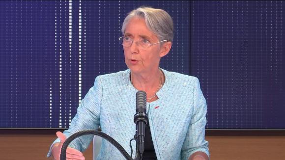 """Élisabeth Borne,ministre du Travail était l'invitée du """"8h30 franceinfo"""", mercredi 12 mai 2021."""