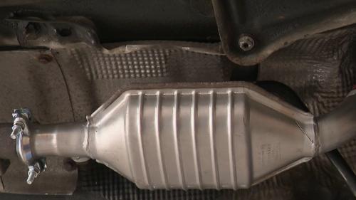 Trafic : le pot catalytique, de l'or sous nos voitures