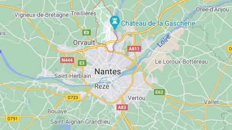 DIRECT. Une policière municipale grièvement blessée au couteau près de Nantes, le suspect en fuite