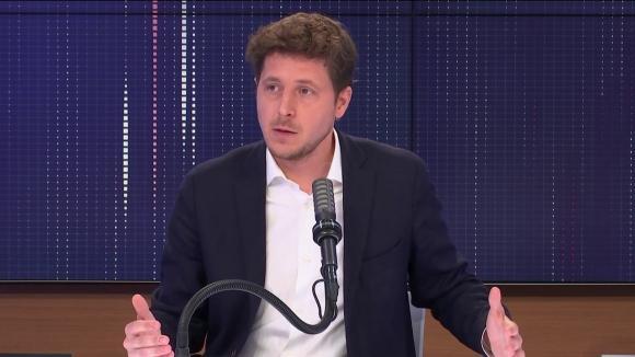 """Julien Bayou,le secrétaire national d'Europe Ecologie-Les Verts et candidat aux régionales en Île-de-France, était l'invité du """"8h30 franceinfo"""", samedi 29 mai 2021"""