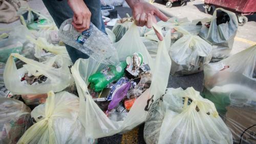 Environnement : la production de plastique dans le monde a reculé en 2020