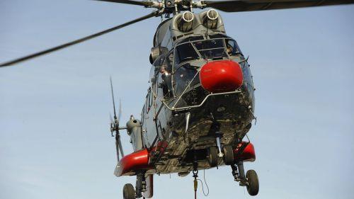 Un hélicoptère Super Puma autorisé à survoler Paris ce dimanche 3 juin